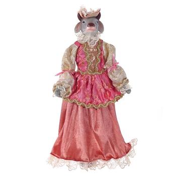 Корова в розовом платье
