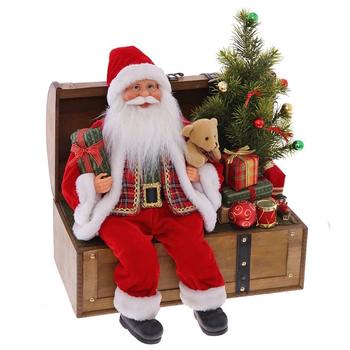 Дед Мороз на сундуке