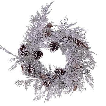 Новогодний снежный венок с шишками